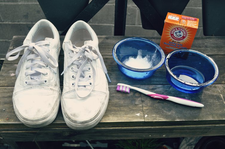 Sneakers and toothbrush ххх - 500.jpg